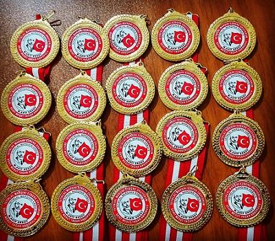 Madalya yapımı,Madalya Fiyatları,Madalya YAPTIRMA,Altın madalya,Madalya resmi,Madalya nerede yapılır,Madalya resmi,Boş madalya,Madalya çeşitleri,Toptan Madalya fiyatları,Madalya Baskı,Boş madalya fiyatları,Altın madalya Fiyatları,Kişiye Özel madalya,Madalya yapanlar,ucuz madalya yapanlar,tane madalya fiyatı,kişiye özel madalya,uygun madalya,madalya resimleri,toptan boş madalya fiyatı,toptan madalya,