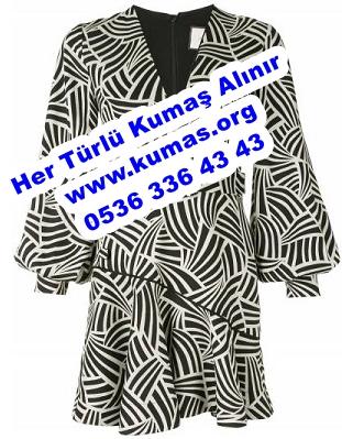 Krep Elbise Modelleri Tesettür,Krep Elbise Modeli,Krep Kumaş Abiye Elbise modelleri,Krep elbise ne demek,krep elbise modelleri,Double Krep Elbise,Krep Elbise Büyük Beden (2)